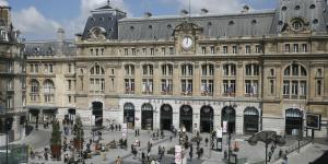 Gare Saint-Lazare Paris TrainAway Neoness