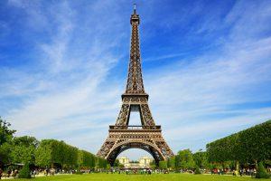 Paris TrainAway Eiffel Tower Neoness