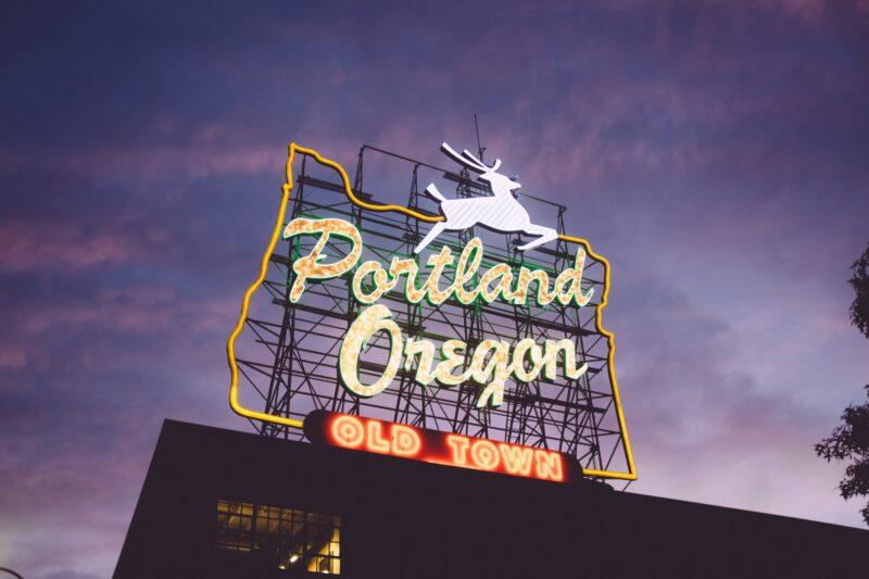 Portland Oregon TrainAway